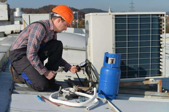 praca holandsko mechanik klimatizacii